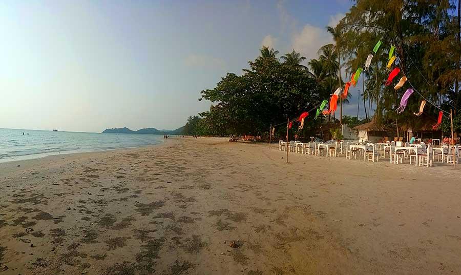 klong-prao-strand-beach-koh-chang-ko-thailand