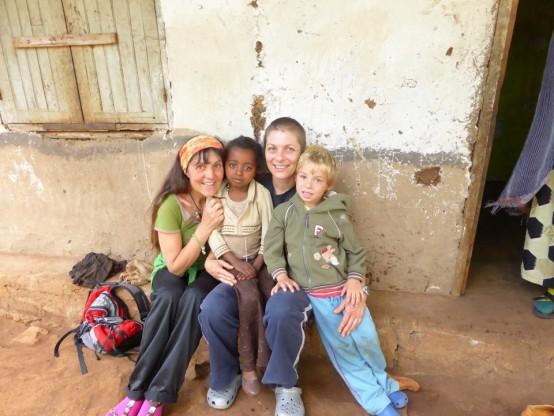Äthiopien Christine mit Sabine und Niko