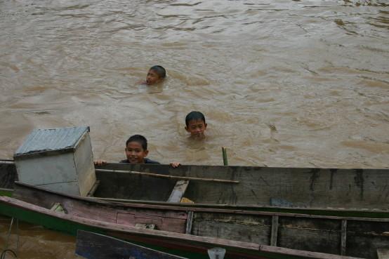 Boot Laos