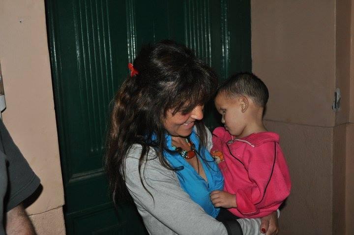 Nepal Waisenheim Christine mit Kind