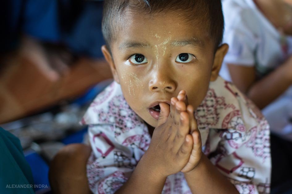 Burmesisches Flüchtlingsheim thailand kinder