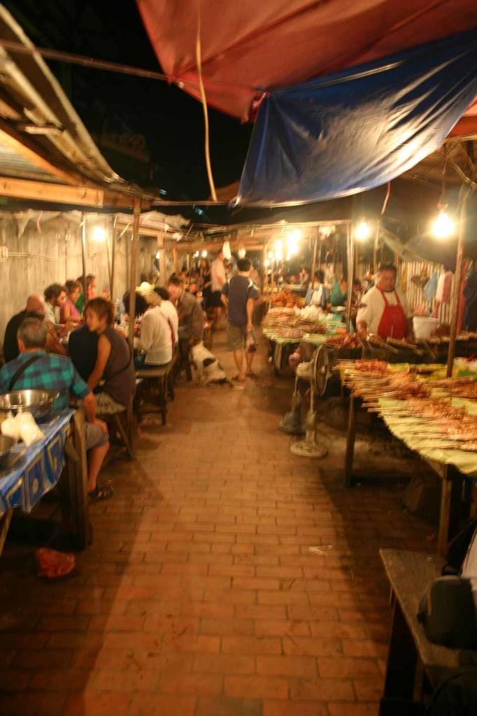 luang-prabang-essenmarkt
