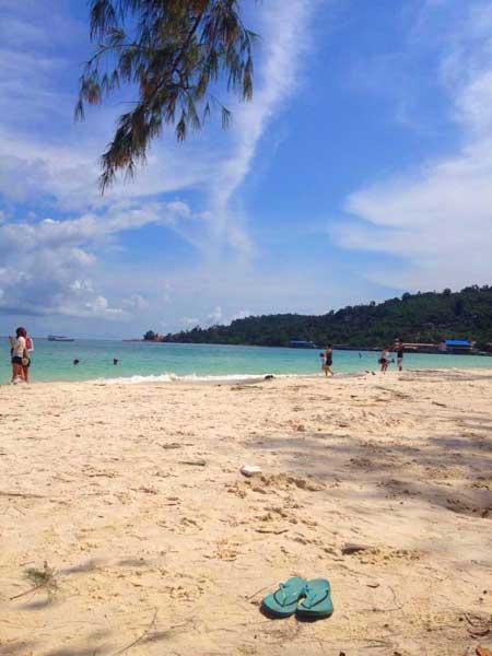 koh-rong-strand-sand