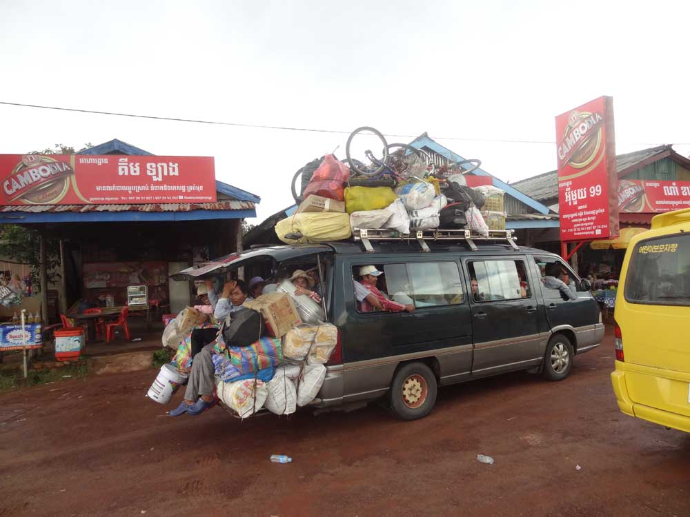 kambodscha-bus-leute