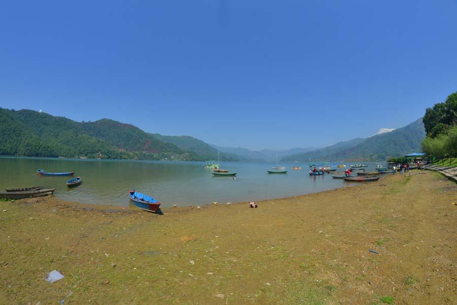 Pokhara-Der-See-Phewa