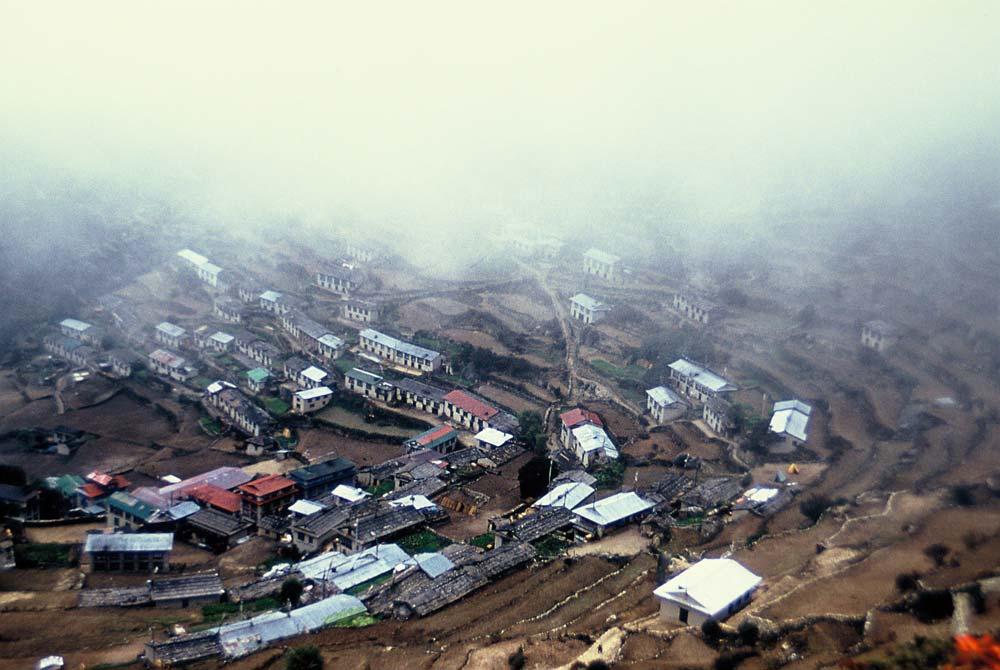 namche-dorf-nepal-berg