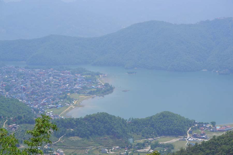 pokhara-von-oben-lakeside stadt nepal reisebericht