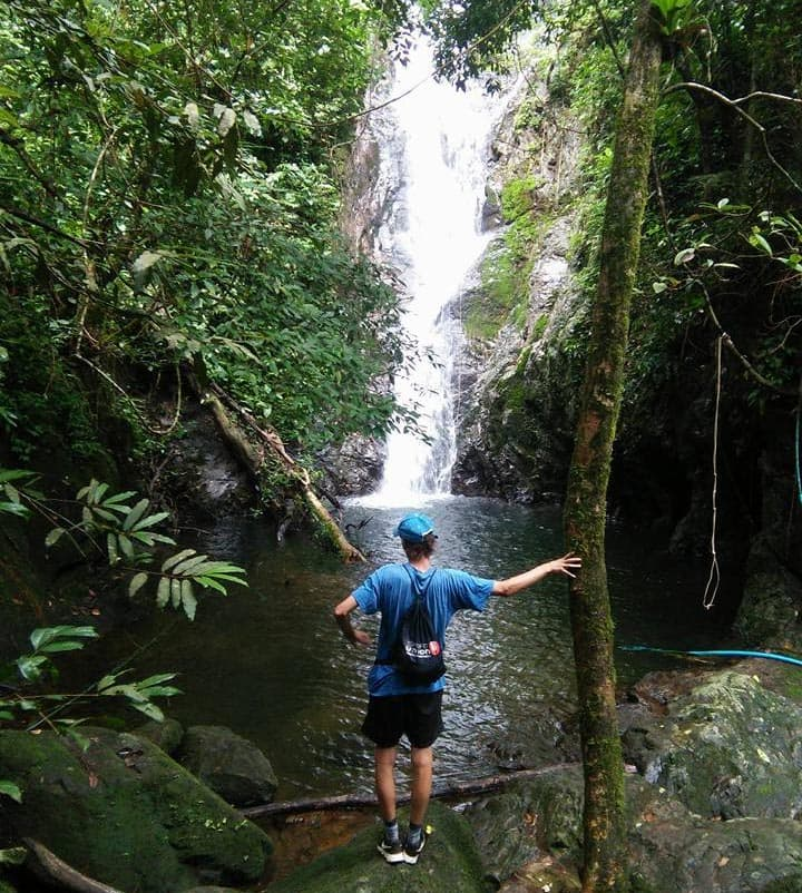 koh-chang-natur-wasserfall-gruende-lieben
