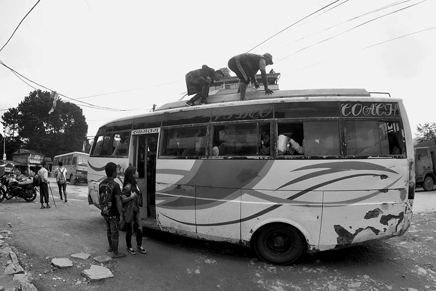 Nagarkot-bus-anreise-berg-kathmandu