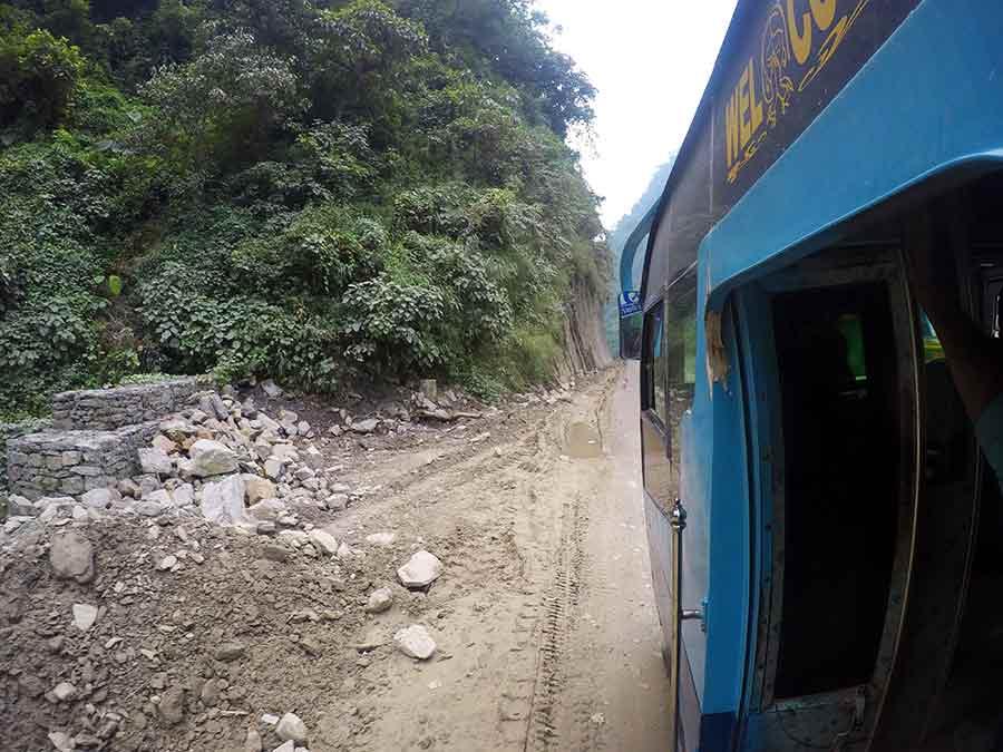 bus-pokhara-nepal-indien-grenze