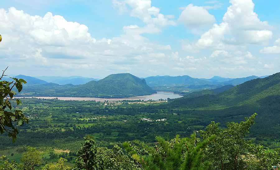 Chiang-Khan-loei-straße-mekong-laos-roadtrip-isaan