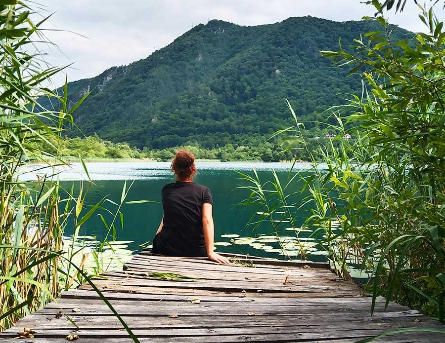 Boračko-jezero-bosnien-see-roadtrip-campervan