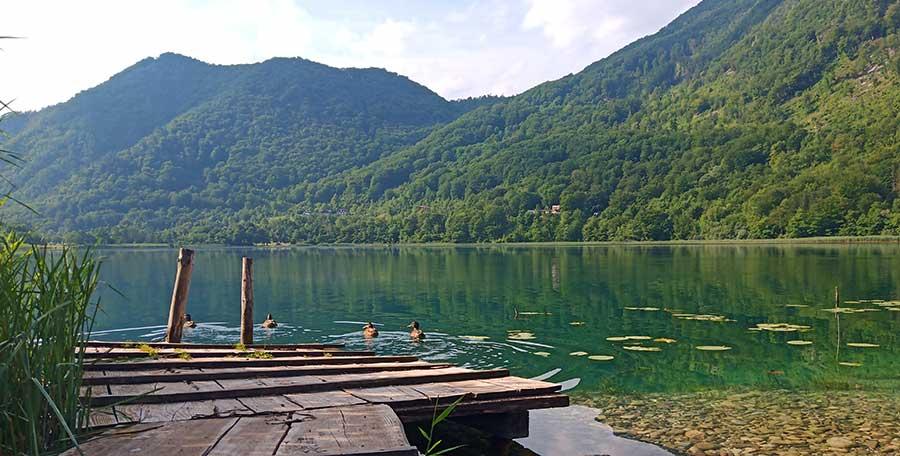 Boracko-bosnien-see-roadtrip-balkan-campervan-camping